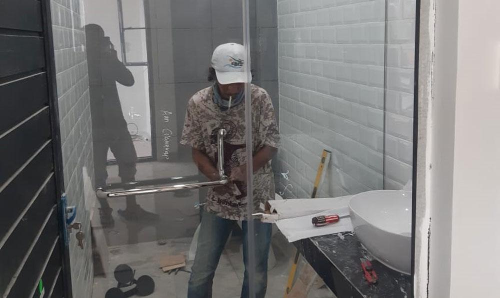 Pembuatan Shower Box